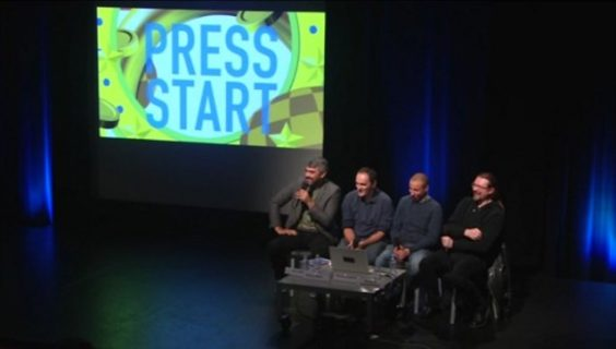 Stéphane Beauverger et trois autres intervenants lors d'une table-ronde de Press Start 2017