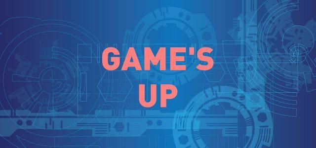 """""""Game's up"""" en rouge sur fond bleu avec motif d'éléments d'ingénierie"""