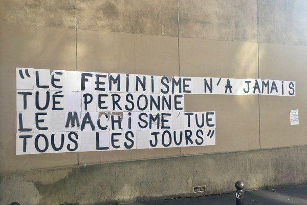 Collage mural : Le féminisme n'a jamais tué personne, le machisme tue tous les jours