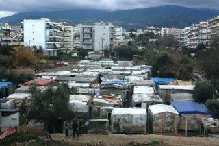 photographie d'un campement à Patras, en 2009